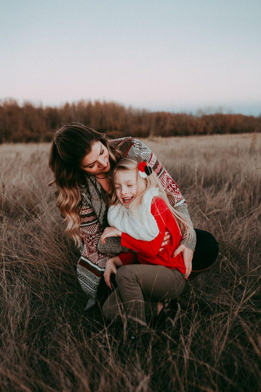 family photo, family photographer, calgary family photographer, red deer family photographer