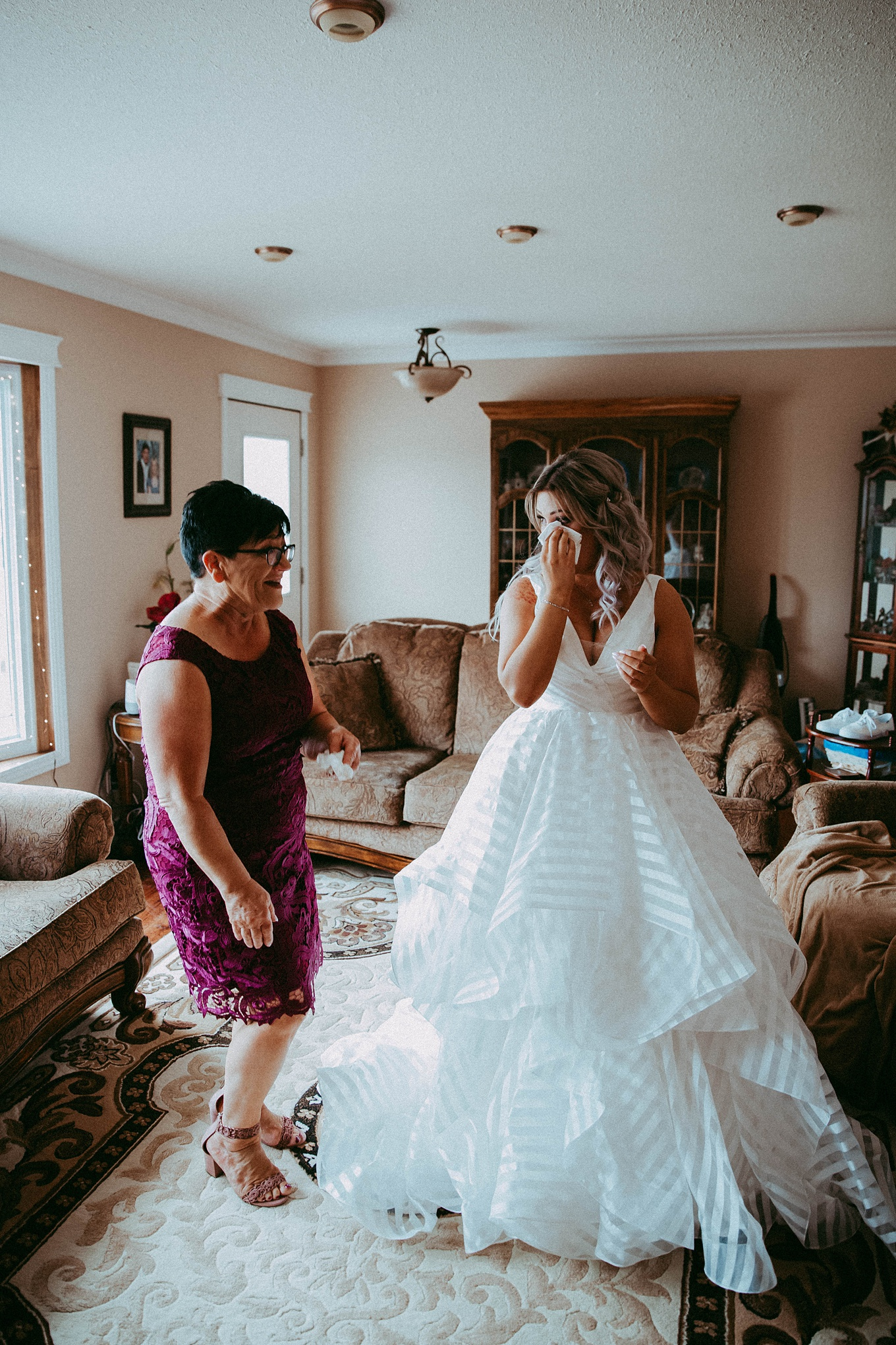 alice in wonderland wedding, alice in wonderland wedding inspiration, calgary wedding, calgary wedding photographer, calgary wedding photographers