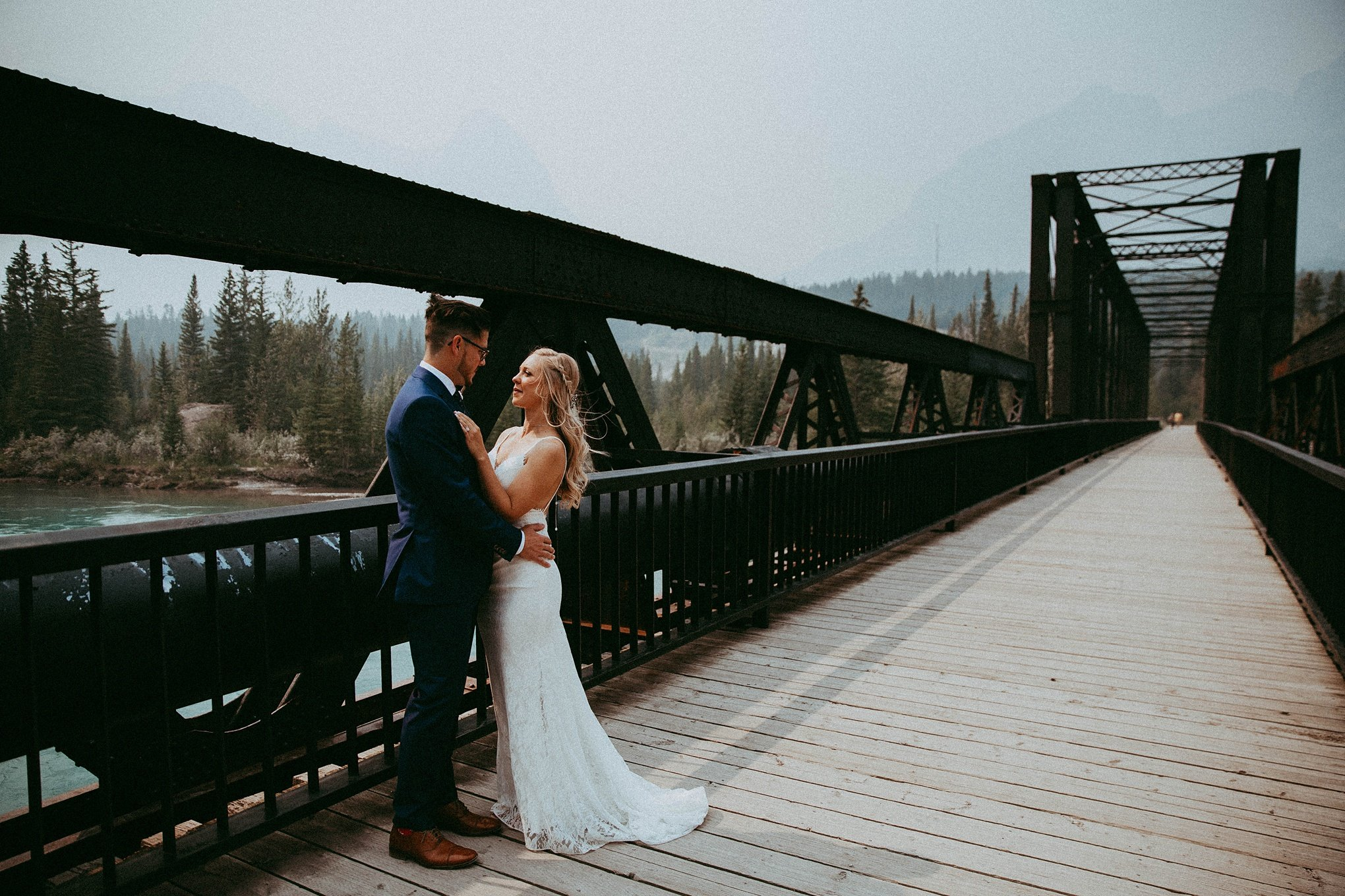 camore train bridge, canmore engine bridge, camore wedding photographers